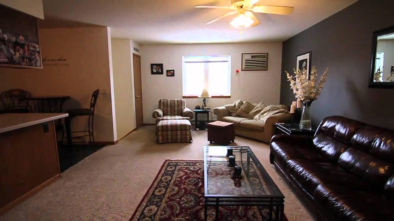 Cedar Ridge Balcerzak Edition 4 Bedroom Townhome 1 Block From Minnesota State University