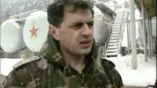 BOSNIA-VITEZ CROATS THREATEN TO DESTROY FACTORY 22.11.93