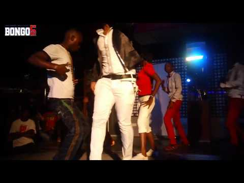 Bob Junior Performing Nichum Live At Club Bilicanas video