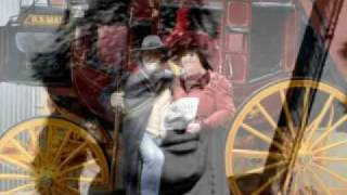 Watch Eric Bogle Front Row Cowboy video