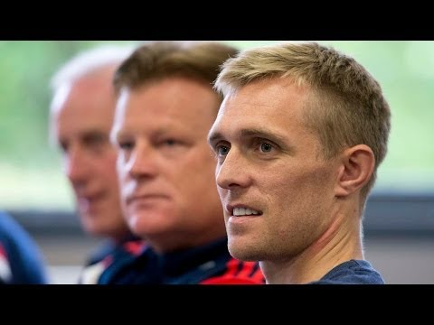 Mark Wotte and Manchester United's Darren Fletcher // Elite Player Development
