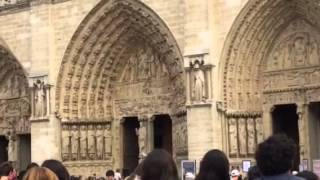 Norte Dame, Paris - Service Music