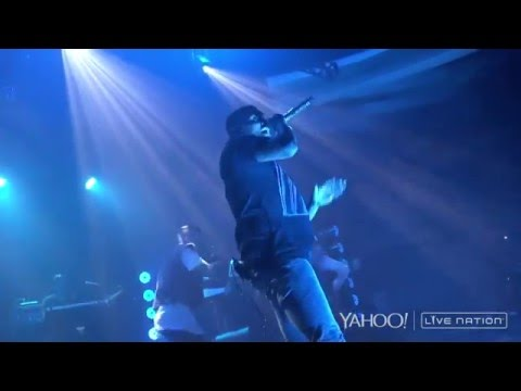 Chris Brown - She Ain't You (live 2015)