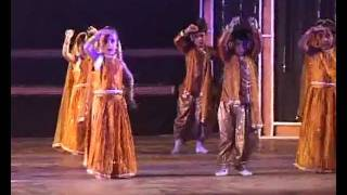 It happens only in India - Annual concert of the Chintels Pre-school 2011