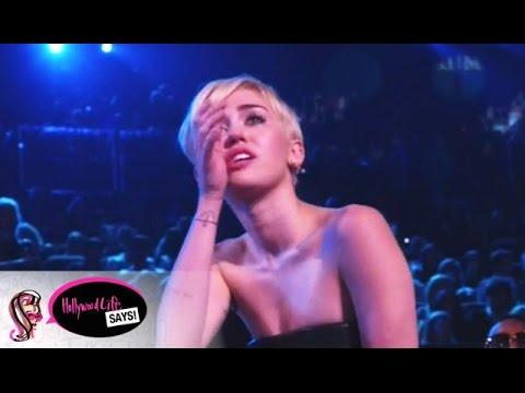 Miley Cyrus Cries At MTV VMAs 2014 - Best Moments