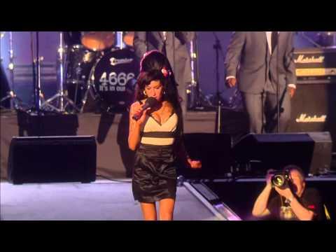 Amy Winehouse - Valerie - [ Nelson Mandela Birthday Concert HD ]