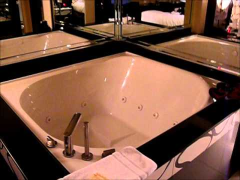 2 Bedroom Suite At Planet Hollywood Towers Las Vegas How To Save Money And Do It Yourself