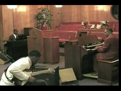 Eddy Arnold - Praise Him Praise Him