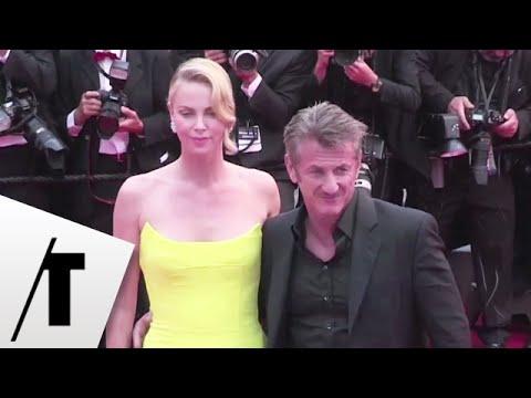 Cannes 2015 : Charlize Theron et Sean Penn, amoureux sur le tapis rouge