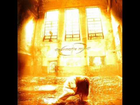 Disarmonia Mundi - Red Clouds
