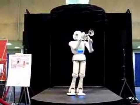 Trombitáló és hegedülő robot