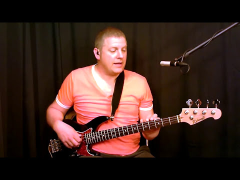 Richwood Bass Demo.by Scott Whitley (Piccolo Short Scale & 34