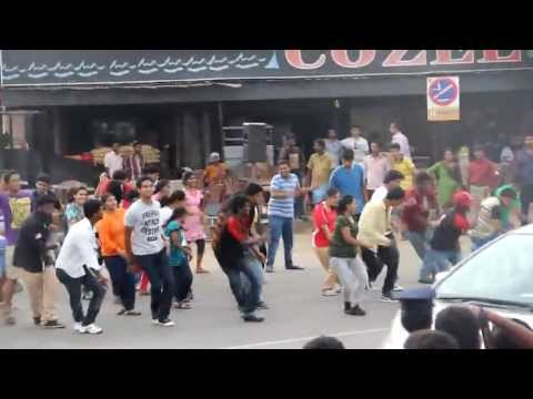 Flash Mob At Besant Nagar, Chennai- Nitt Golden Jubilee Celebration video