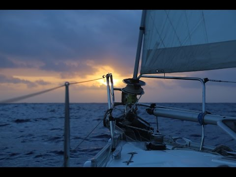 Dramas onboard, in the Middle of the Pacific Ocean Ep. 43 (Sailing La Vagabonde)