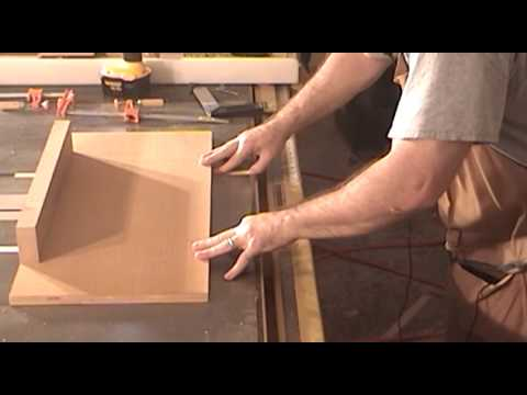 Build a small table saw sled