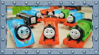 Red Team vs Blue Team   Relay Race at Incredible Track   TrackMaster   Thomas and Friends #44
