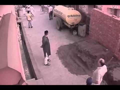 Goons Attack On Family In Yamuna Nagar Haryana video