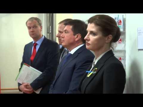 Жена Порошенко пукнула на официальном приёме?!Немцы в шоке))