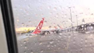 Lyon–Saint-Exupéry Airport - Turkish Airlines Takeoff Timelapse