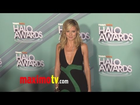 2011 TeenNick HALO Awards Arrivals Heidi Klum - Kris Allen - Victoria Justice Music Videos