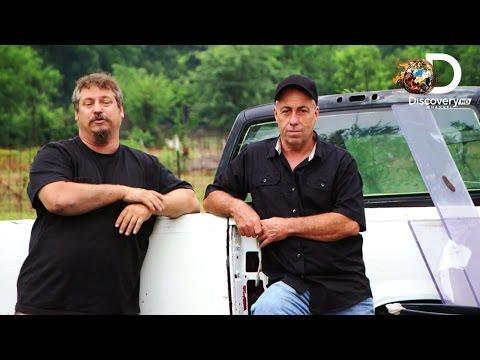 Naprawa Monster Trucka'a - Niechciani w Gas Monkey - Discovery Channel