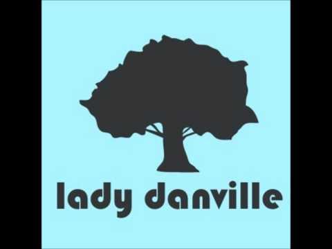 Lady Danville - Sophie Roux