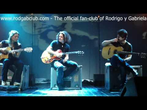 Rodrigo y Gabriela with Alex Skolnick - Atman + Medley (live in Avignon, France)