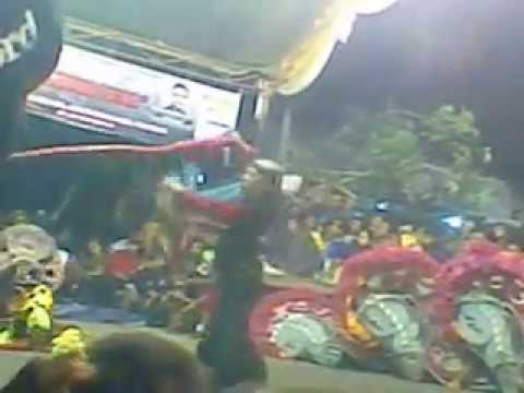 Legowo Putro Ricuh Live In Tanjung - Nganjuk video