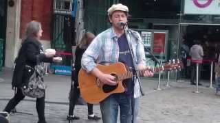 Glen Hansard, Falling Slowly, cover by Rob Falsini - busking in the streets of London, UK
