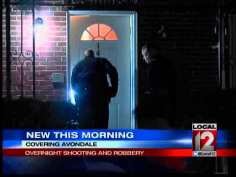 Police Investigating Shooting During Robbery in Avondale