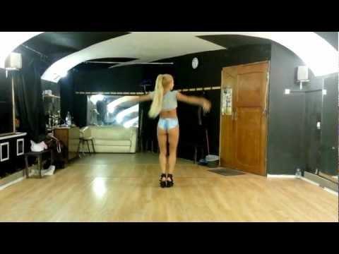 go-go dance/Julia/ Бигуди