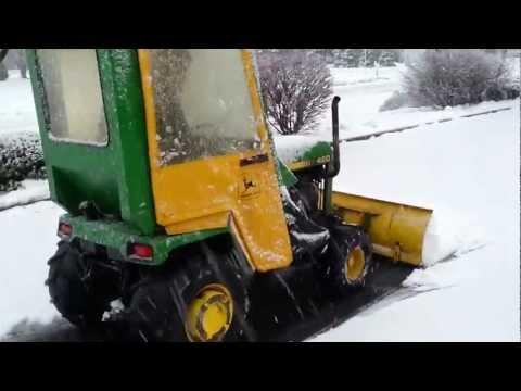 John Deere 420 Snowplow Part 1/4