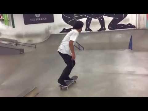 Wow @micky_papa 🎥: @mike_piwowar | Shralpin Skateboarding