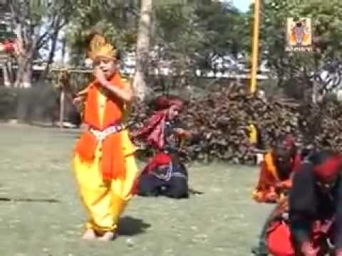 Choti Choti Gaya Chote Chote Baal