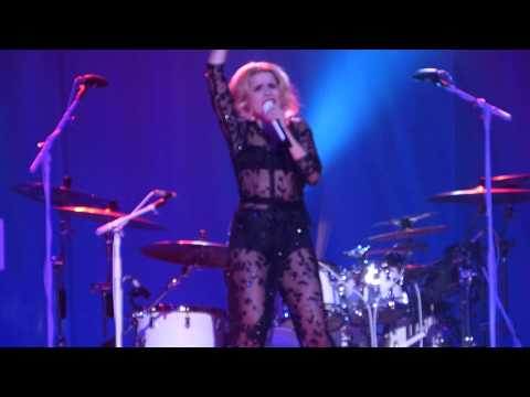 Paloma Faith - Changing (Sigma) live Liverpool Empire 04-11-14