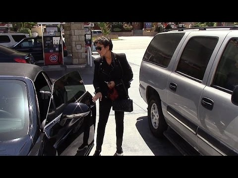X17 EXCLUSIVE: Kris Jenner Visits Bruce Jenner In Secret