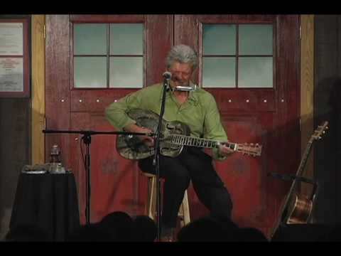 John Hammond - Come Into My Kitchen - Live at Fur Peace Ranch