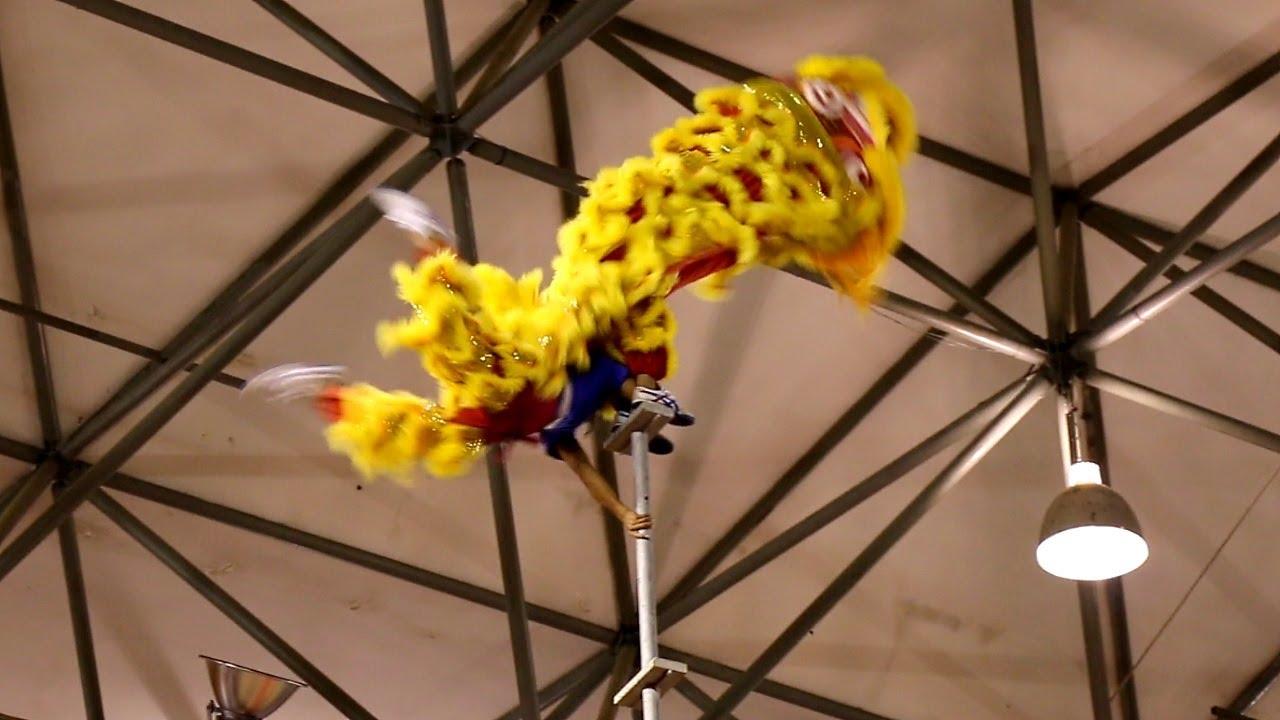 Lion Dancing Pole Lion Dance on 20-meter High