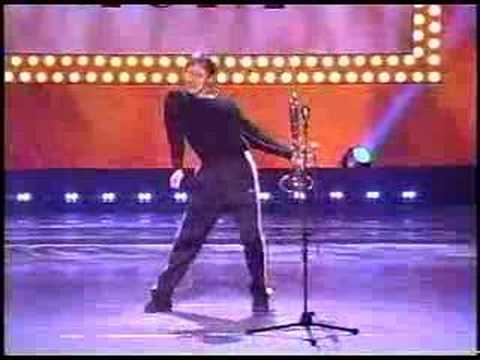 Dancing Trombonist LOSES on Showtime.
