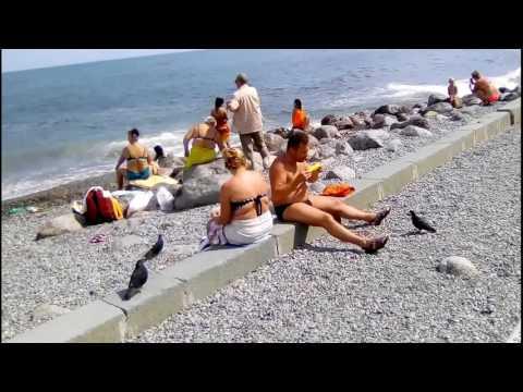 ЯЛТА.Приморский пляж.Где туристы.Идем гуляем по Ялте.Крым 2017.