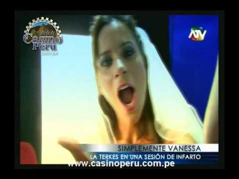 Vanessa Terkes: Sesi�n de Fotos de Infarto