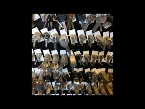 Seattle's Broadway Locksmith: Home of Mickey Peters, Key Extraordinaire