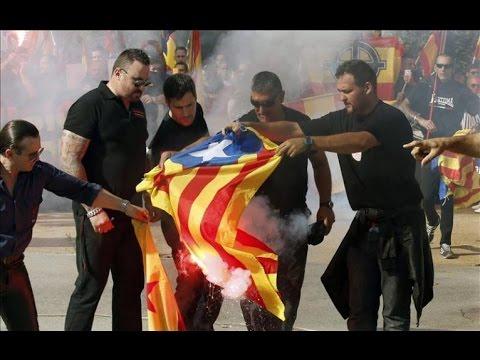 Unos 200 'ultras' se manifiestan en Barcelona en el Día de la Hispanidad