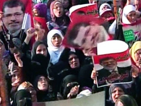 Egyptian court sentences 529 Morsi supporters to death