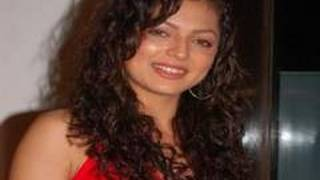 Geet refuses to Sport Baby Bump for Maan