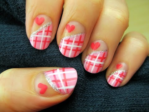 Sweetheart Plaid Nails