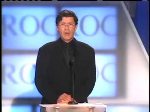 Robbie Robertson inducts Eric Clapton 2000