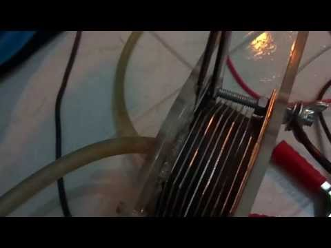 Testando gerador de hidrogênio caseiro