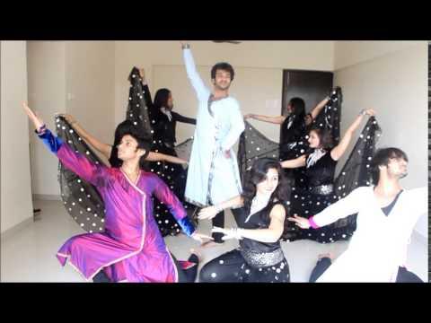 Aaja Nachle (title Song) And Mora Piya (rajneeti) Devesh Mirchandani video