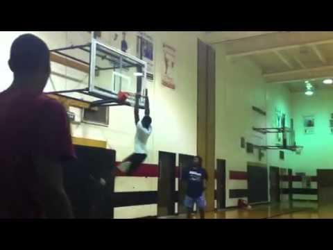 Kaylin Johnson 6'2 Kaylin Johnson Throws it